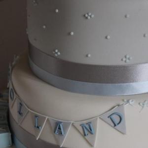 Baby blue bunting cake