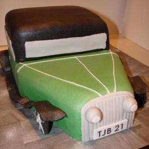 Old fashioned car cake