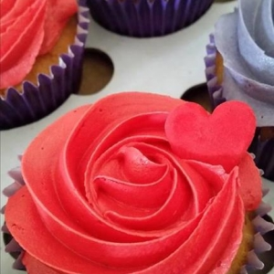 Red and purple cupcakes