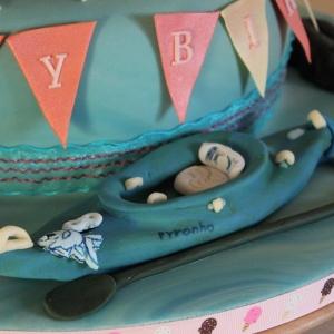 Sugar kayak cake