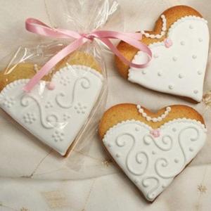 Bridal heart cookies