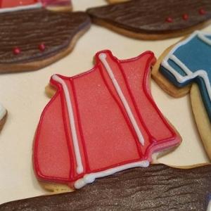 Pirate ship cookies