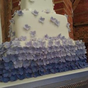 Lilac hydrangea wedding cake